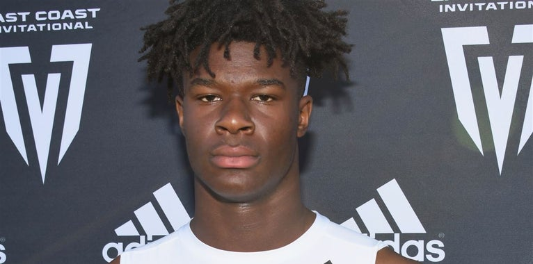 Local 4-star athlete to return to Florida's campus this month