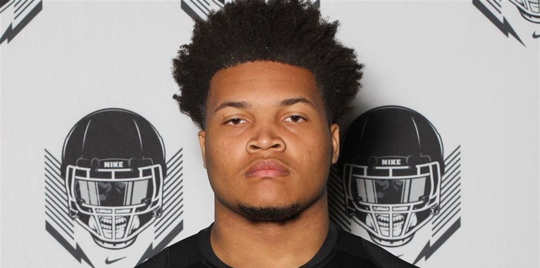 2020 DT Armon Wallace visiting Kentucky, Notre Dame, etc in fall