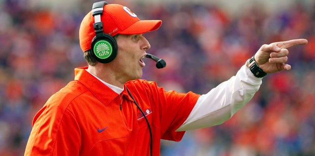 Venables receives largest contract ever for assistant coach
