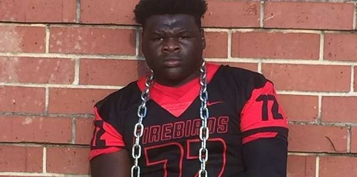 In-state DT commits to Vols, calls Tennessee 'the school for me'