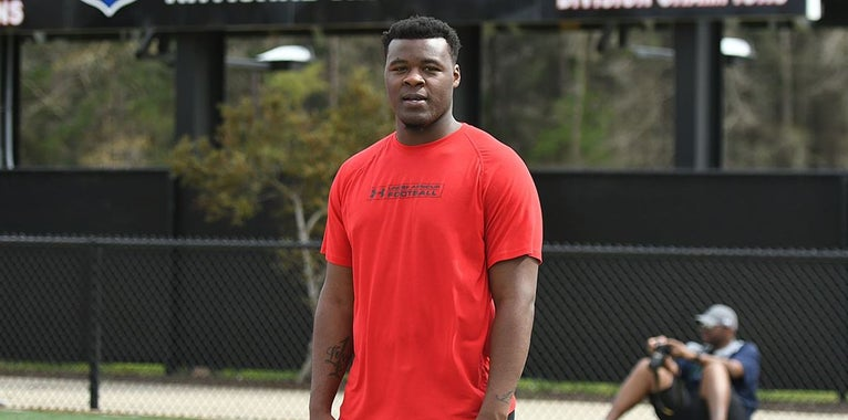 Juco DL, former Vols commit chooses Tennessee again