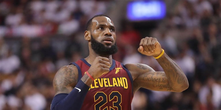 Dick Vitale picks LeBron James over Michael Jordan as GOAT