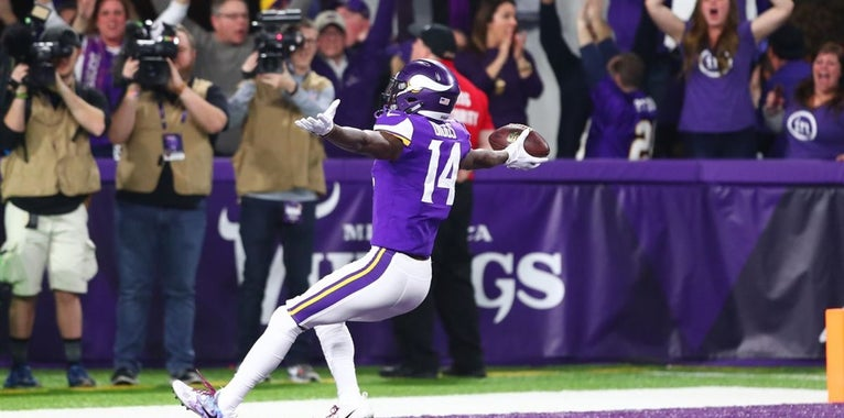 """Diggs Accepts ESPY Award for """"Minneapolis Miracle"""""""