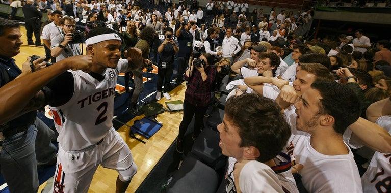 Basketball insider: Award snubs, Bryce Brown's real motivation