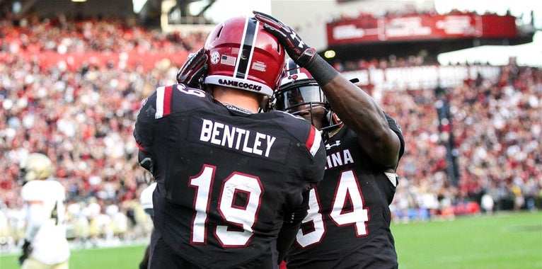 Betting lines released for Gamecocks' games vs. UGA, Clemson