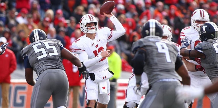 Hornibrook Named to Davey O'Brien Award Watch List