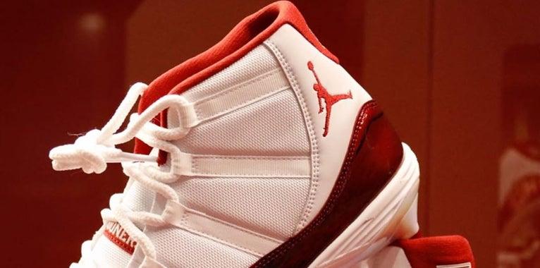 OU reveals exclusive Air Jordan 11 cleats