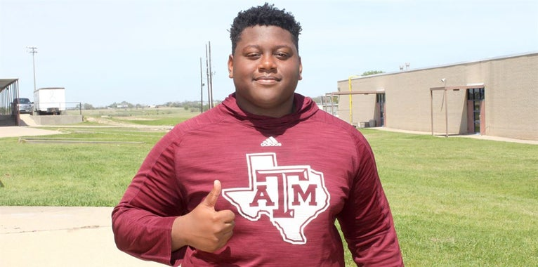OL Jordan Jefferson accepting role as first 2020 A&M commit