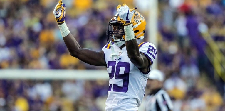 Greedy Williams and Devin White named to Bednarik Watch List