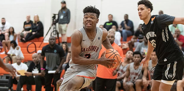 Who stood out at the Nike EYBL?