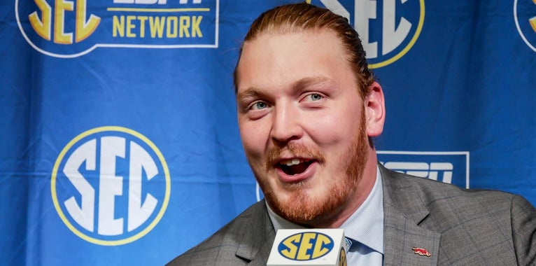 Hogs still looking for O-line depth entering fall camp