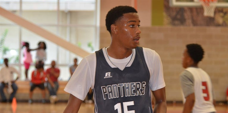 Promising Young Point Guard Stands Out at Auburn Basketball Camp