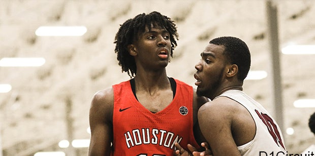 Five-star guard Tyrese Maxey commits to Kentucky