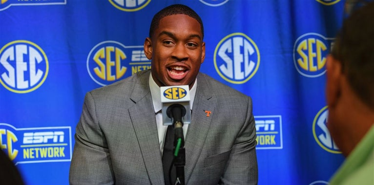 'Being myself': Kyle Phillips becoming 'good leader' for Vols