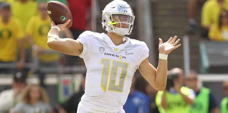 How many touchdowns will Justin Herbert throw in 2018