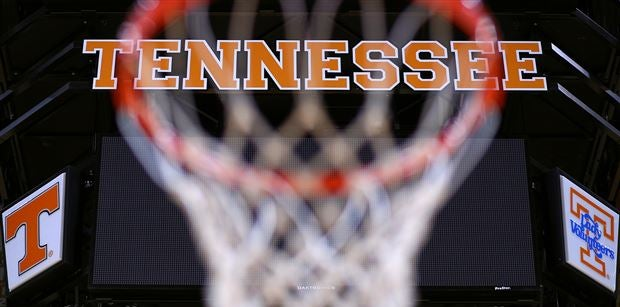 Vols offer 2019 PG, continue focus on guards