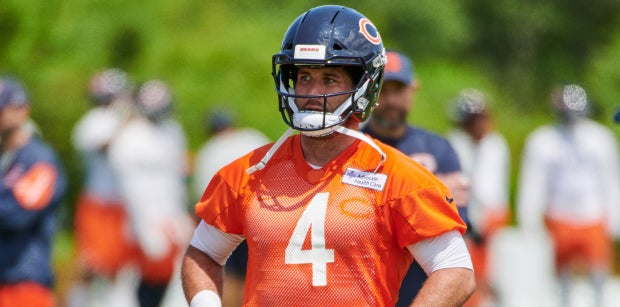 Chase Daniel works out with Drew Brees ahead of Bears camp