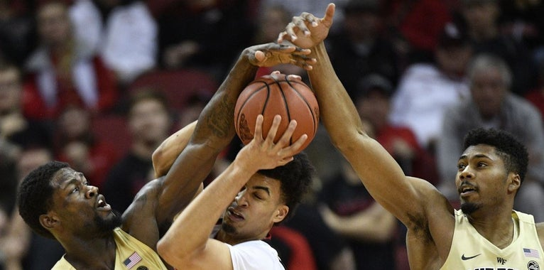 Brown scores 20 in loss to UL