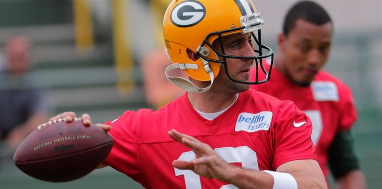 Report: No progress made in Aaron Rodgers contract extension