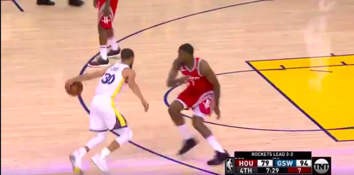 Stephen Curry makes Trevor Ariza dance on layup in Game 6