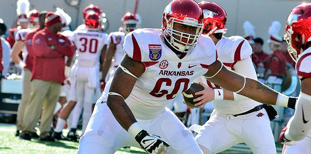Breaking down Arkansas' offensive line situation for 2018