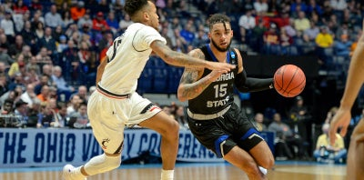 Panthers Can't Rally Late and Fall to 2nd Seed Cincinnati 68-53