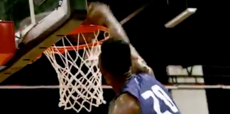 Harry Giles III shows off explosion with nasty dunk
