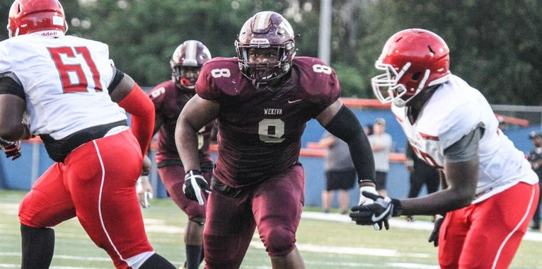 Two teams at the top for DT Davis