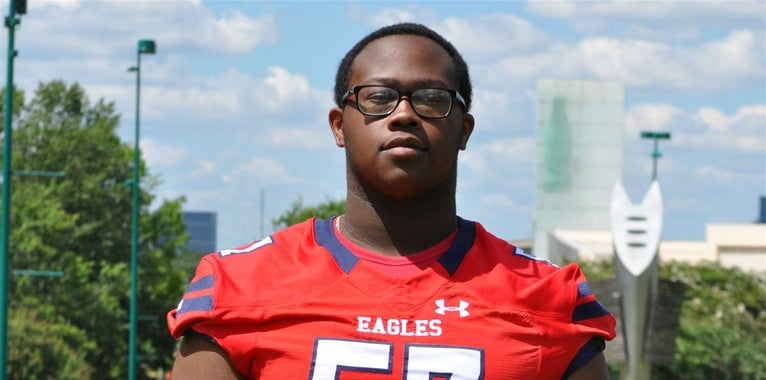 4-star OT nearing decision names a top 3