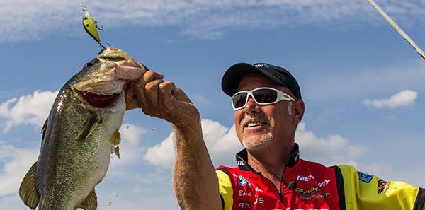 5 simple ways to catch fall bass