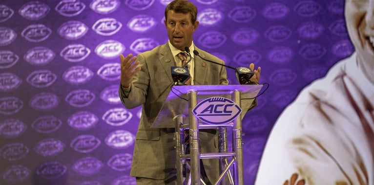 Dabo Swinney reacts to Larry Fedora CTE comments