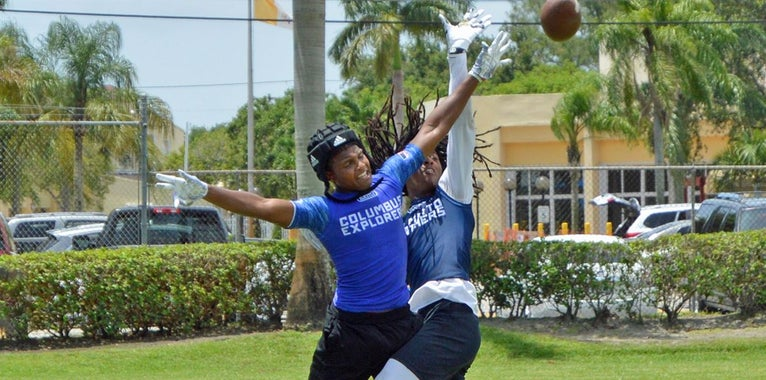 15 Fast-Rising Prospects Who Shined at TOC 7-on-7 Tournament