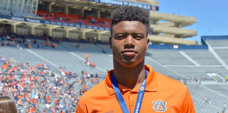 Atmosphere at Auburn resonates with recruits