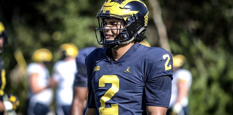 Carlo Kemp gives offense high marks during spring practices