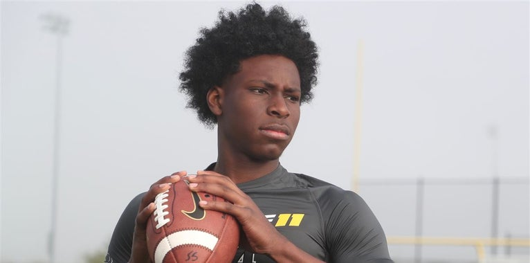 USF extends an offer to local Lakewood QB Gregory Spann