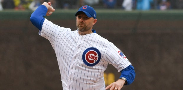 Bears who've thrown out first pitches for Cubs or White Sox