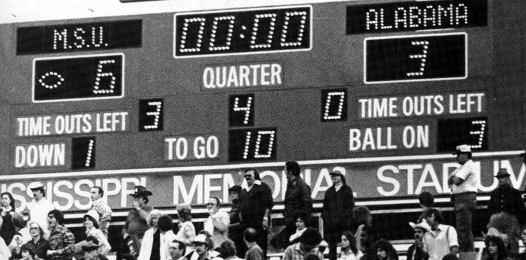 100-Day Bulldog Countdown: 49 Days- Billy Jackson's 49 Sacks