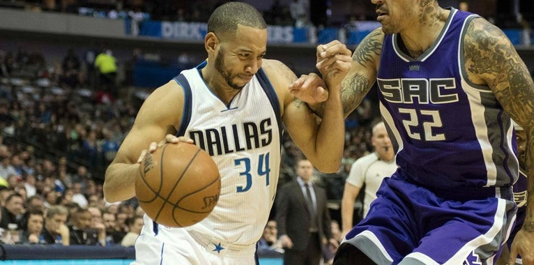 Mavericks could bring back Devin Harris